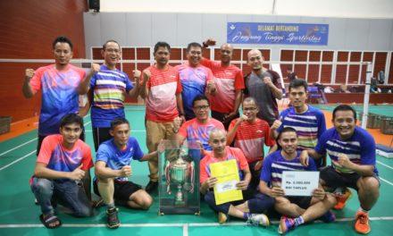 Tim Kemenpora Juara Turnamen Bulutangkis Beregu Antar Kementerian/Lembaga